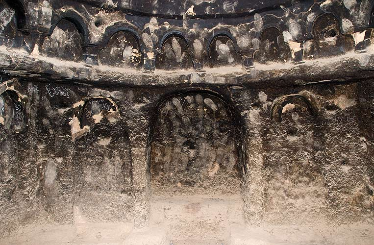 Bert Praxenthaler: Mujaheddin Prints, Bamiyan